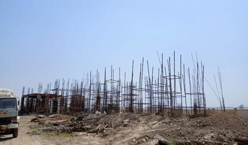Professor's residence – grade slab column casting work in progress 22.06.2021.png