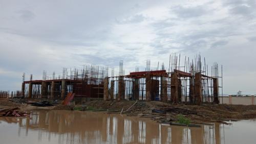 Professor's residence – grade slab column casting work in progress 13.07.2021.png
