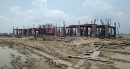 Professor's residence – grade slab column casting work in progress 02.08.2021.jpg