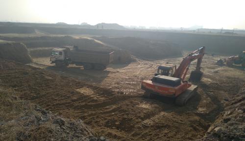 AUDITORIUM  – Excavation & dressing work for footing in progress (01-12-2020)