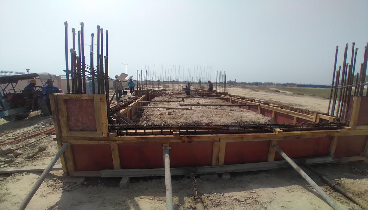WAITING ROOM - Grade slab shuttering work in progress 30.03.2021