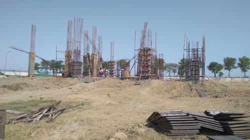 Director's residence – Column casting  work in progress 12.04.2021