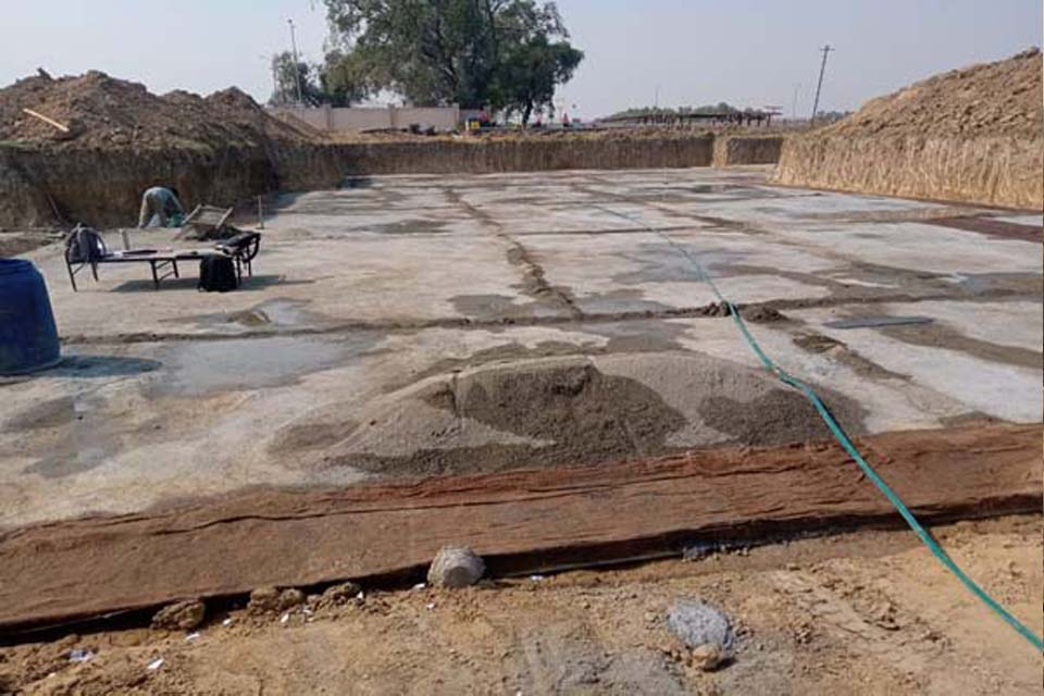 Hostel Block H2 – Layout over PCC for steel placing & binding in progress (30-10-2020)