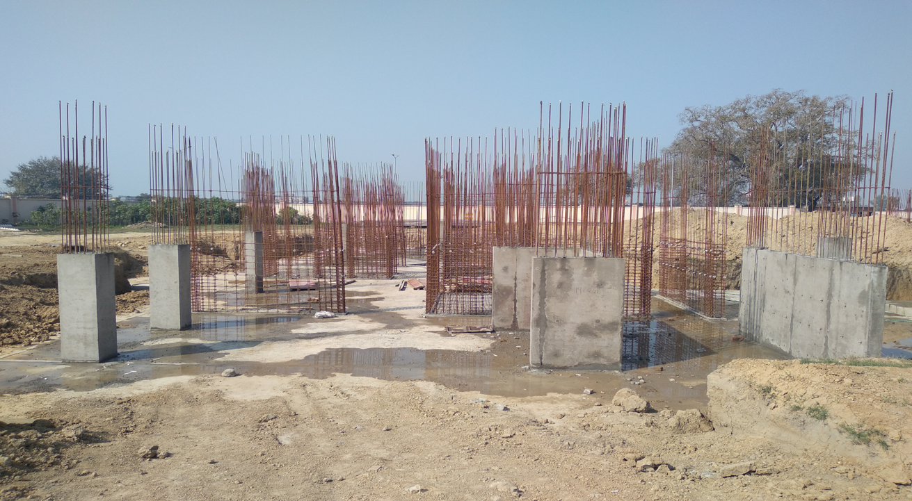 Hostel Block H1 – layout work in completed column casting work in progress 01.03.2021